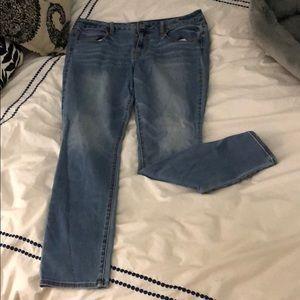 American Eagle Super Stretch Jeans- Size 14
